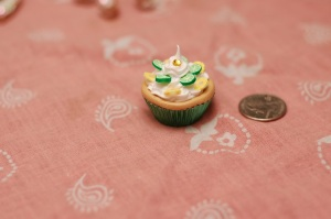 "A wanna be cupcake posing as a tart under the guise of ""lemon lime flavor cupcake"" :P... The jig is up little dude!"
