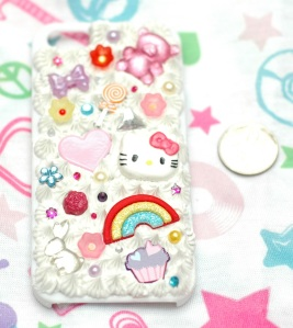 This is an iPhone 5 case ^_^ I would use it but I have a 4, so this one is for sale.  I found some 4 cases so I can make one for myself soooooon ^_^