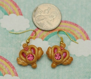 ...and earrings :)  Next time I am going to make another true-to-size brooch, but I'm keeping that one :p